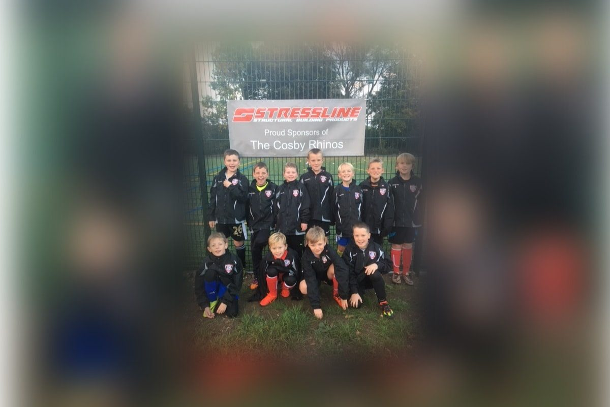Stressline sponsor junior football team