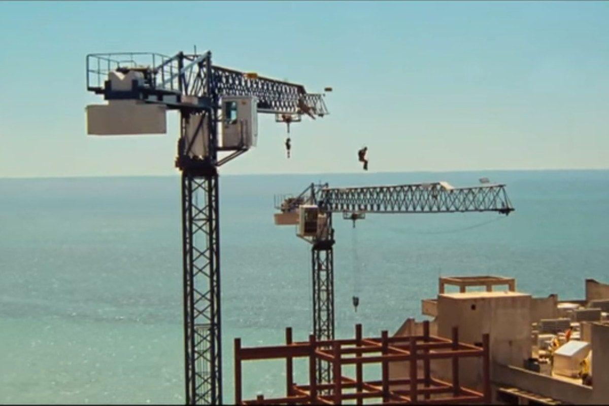 Construction site move scenes