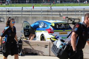 Engineers checking the BTCC car